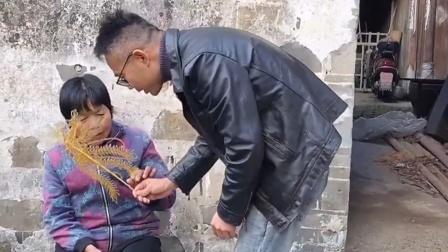 传统民间艺术:奶奶说从来没有见过这种糖果