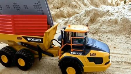 趣味儿童玩具车: 用工程车自卸卡车建筑房屋停车场。
