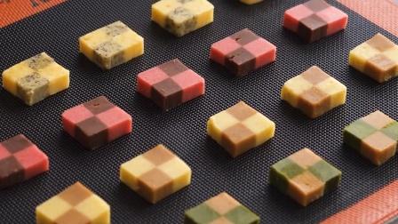 用不同的材料来做四种不同口味的曲奇饼