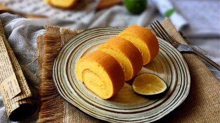 南瓜吃法多样,做成南瓜饼,卷上喜欢的食物就搞定,孩子超喜欢
