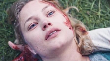 女友被射杀,男友愤怒觉醒成雷神。科幻片
