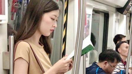 男人每天地铁偷拍女孩,发现细思极恐的一幕,结局高能反转!短片