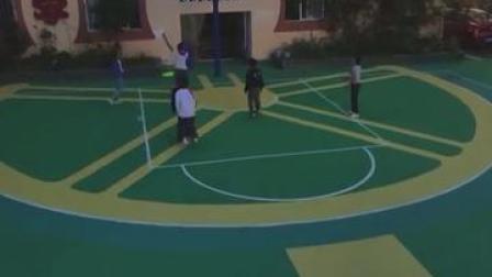 圆梦啦!乡村小学3500个轮胎建篮球场