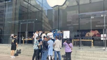 苹果要求顾客当场激活iPhone13 黄牛:不如卖华为!