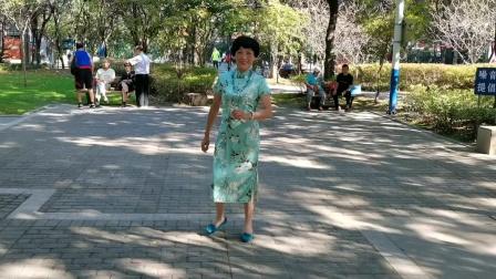 (62)广场舞《后海酒吧》篮球公园。徐淡吟老师🌹🌴💄💐