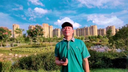 深圳大衣哥王文正的情怀唱歌给你听就是青春的魅力!