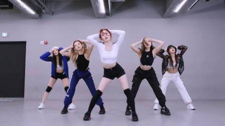 ITZY的新曲热歌 LOCO 舞蹈练习室