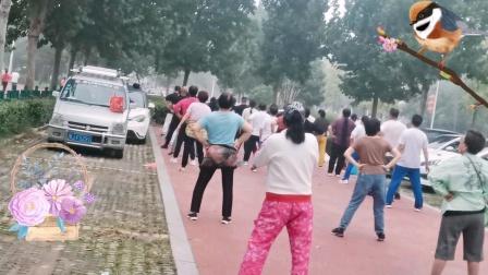濮阳微笑体育场2021/10/1健身操