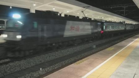 HXD3C0417成局重段K9522广元-重庆北晚点5分进南充北站20:07 20210930