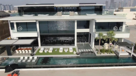 价值7.7亿元的迪拜豪宅,买房子送一辆劳斯莱斯和法拉利