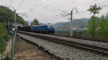 【卖萌随拍】hxd11451货列会车hxd11030货列