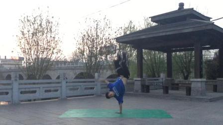 户外跳街舞 HR浩然 精彩舞蹈练习