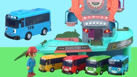 公交车太友新型驾驶舱培训