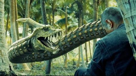 偷猎者欲捕蛇王,结果反被蛇后活活缠死