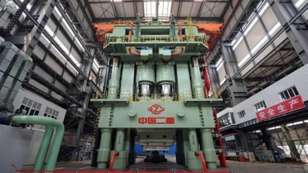 果然无愧于大国称号,中国8万吨模锻压机,多项纪录创全球第一