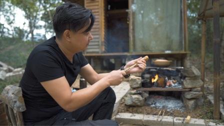 野外小木屋营地扩建完,小姐姐迫不及待展示厨艺