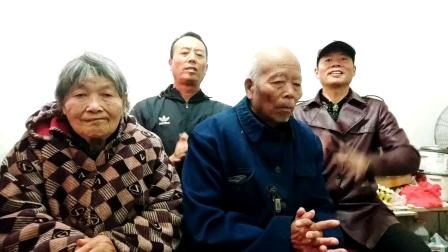 深圳大衣哥王文正励志歌曲全家福一起唱更精彩了!