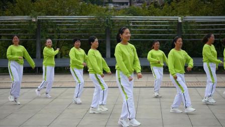 贵州赫章县那是花开健身队学习跳跳乐第23套晓敏健身操第一节