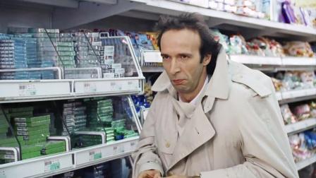 抠门男子逛超市从不花钱,却总能满载而归
