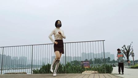 人民公园实景拍摄《预谋》新潮流行舞简单好跳