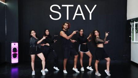 印度小哥终于对《stay》下手了,快来看看能跳出什么感觉?