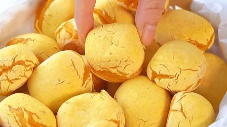 如果你家里刚好有红薯,做成脆脆麻薯!真的意外的好吃