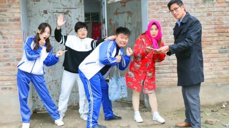 刘星考试倒数第一,老师来家访却见到两个刘星妈妈,这是怎么回事