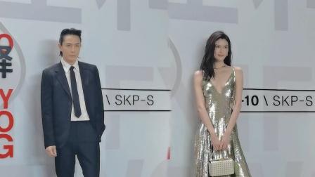 上海:何穗深V闪片礼服妩媚性感 李承铉黑色西装英气袭人