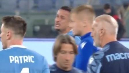 拉齐奥赢球费利佩抱住前队友科雷亚庆祝 被出示红牌自己还哭了
