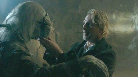 工地发现个被锁住的古尸,警察脱掉他的面具,哪料引发恐怖灾难