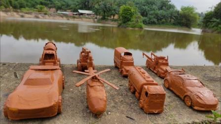挖掘机、搅拌车、警车、工程车能不能一起放进水里呢?