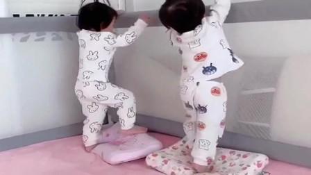 生了一对龙凤胎,妹妹在家是老大,每天带着哥哥作妖,性别反差太大了!