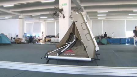 """奔跑中的""""大床房""""!户外牛人发明车载帐篷,开80迈也能伸缩自如"""