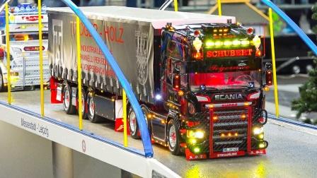 大货车拖车汽车运输车模型玩具展示