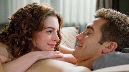 年轻貌美的女孩,却患上了帕金森,男人得知后都离她而去,爱情片