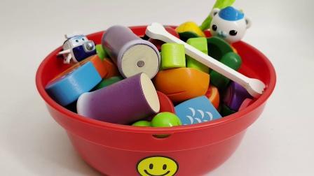 海底小纵队巴克队长来玩水果蔬菜切切乐磁吸益智玩具