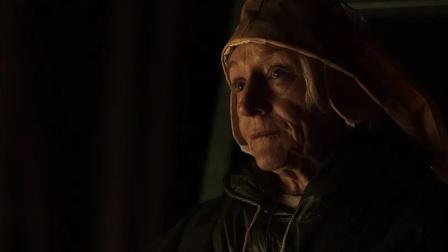 胆小者看的恐怖电影解说:加拿大恐怖片《送终人》