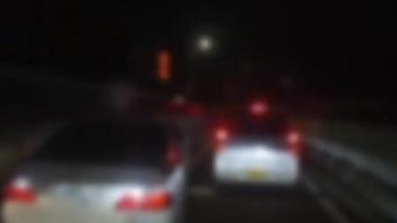 #日本警方车队当街遇袭  一伙#嫌犯开车撞击警车抢走物证