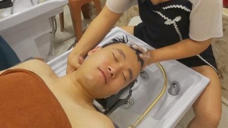 在天津花30元体验洗头,按摩头皮,助眠