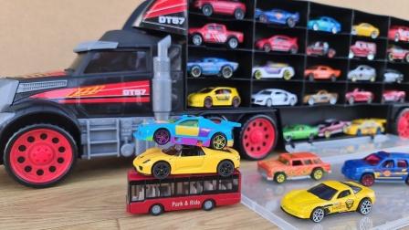 用大卡车运输彩色汽车模型玩具
