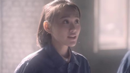 闫妮与女儿同戏不同框,邹元清饰演青年石红杏,两人似复制粘贴