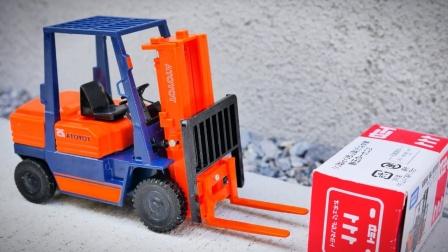 工程车叉车模型玩具拆箱