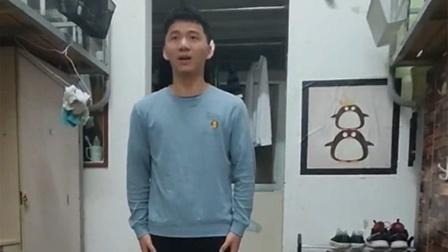 男生在宿舍模拟教资英语口语考试 全程中式英语逗笑舍友
