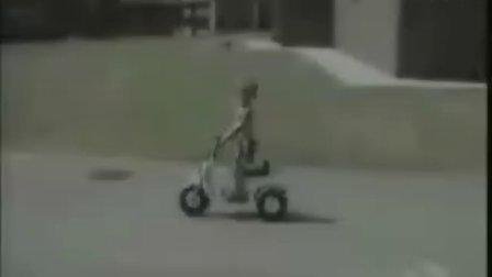 超搞笑爆笑的自行车