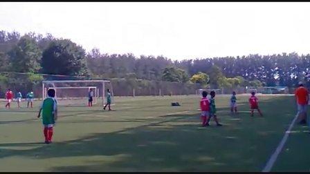 中国国安越野U9(01-02)战胜国际少年足球队