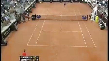 [超酷]2011罗马赛R3费德勒 再现正面胯下击球
