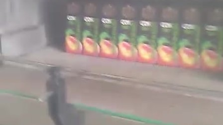 4000瓶每小时利乐包装冷瓶机客户现场视频