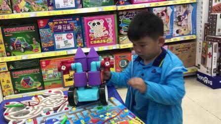 【快6岁】5-3哈哈在玩具翻斗车玩泡沫玩具,小汽车IMG_2212