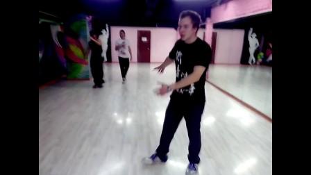 T1M的鬼步舞工作室 PryglashenyeNSS
