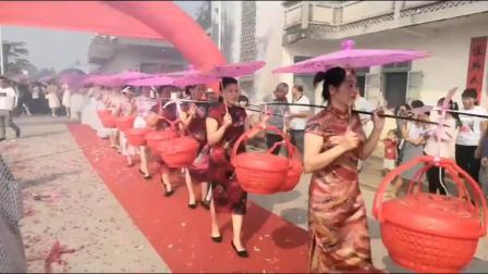 广西贵港大圩镇永福村(14队)首届兄弟姐妹大团聚。